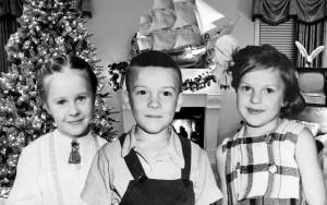 Оля Токарева, Саша Охичев и его сестра Оля 1960 г.