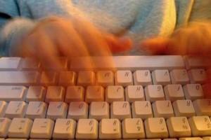 kak-i-zachem-publikovat-sobstvennye-stihi-v-internete